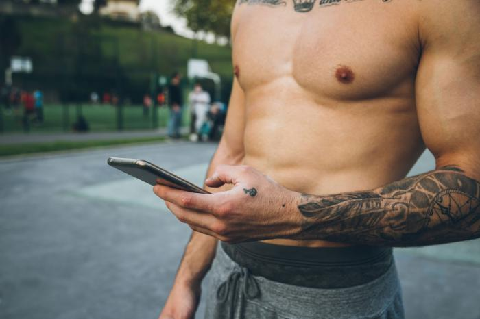 Grindr 2020 Stats — Where are the Tops? Where are the Bottoms?
