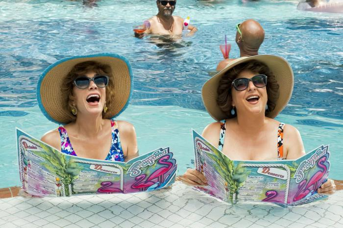 """Kristen Wiig and Annie Mumolo in """"Barb and Star Go to Vista Del Mar"""""""